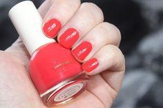 H&M Cinnabar Gem #swatch #nail #nails #nailswag #nailaddict #nailpolish #nailsofinstagram #nailsdone #hm