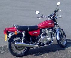 Crotch Rockets, Japanese Motorcycle, Cafe Style, Touring Bike, Hot Bikes, Super Bikes, Custom Bikes, Old School, Motorcycles