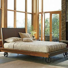 Bed With Wheels