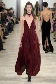 Ralph Lauren Fall-winter - Ready-to-Wear Fashion 101, Fashion News, Runway Fashion, High Fashion, Fashion Show, Autumn Fashion, Beautiful Gowns, Beautiful Outfits, Evening Outfits