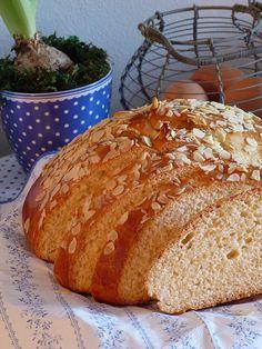 Kouzlo mého domova: Velikonoční mazanec Easter, Bread, Baking, Food, Bread Making, Meal, Patisserie, Backen, Essen