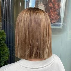 Layered hair is great but there is something about a blunt cut that just works. Having your hair all the same length can really make it easier to styl... Bob Cuts, Blunt Cuts, Brown Hair Balayage, Layered Hair, Blunt Hairstyles, Your Hair, Short Hair Styles, Beauty, Hair