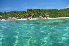 Turquoise waters, West Bay, Honduras