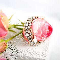 Bijou Brigitte Blog | We're in love with opulent jewellery and dazzling summer flowers