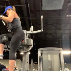 3 TIPS FOR GLUTE GROWTH Here are my top three tips for growing those peaches! These tips are pretty generalized . Peaches, Glutes, Gym Equipment, Fitness, Pretty, Tips, Peach, Workout Equipment, Thighs