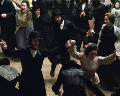 Sunday, April 6, 2014 5:30 pm  As a gift to the community, Chicago's Spertus Institute presents a free screening of Fiddler on the Roof on April 6 to celebrate Fiddler's 50th. Advance reservations are mandatory. http://www.spertus.edu/programs-events/fiddler-on-the-roof
