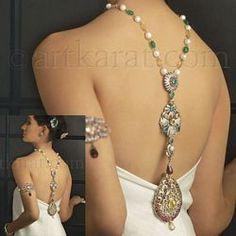 ღღღ  Lovely  I like the jewelry on her arm also