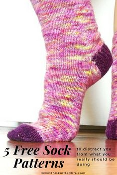…To be added onto the last eight free sock patterns I dug up last time… You may find this list of free sock knitting patterns interesting if: You have realized you will never get your holiday gift knitting done in time (perhaps by 2027?), so you might as well throw in the towel now. You are NUTS (like I once was) and have ambitiously set out to knit last minute socks for holiday gifts and think you can manage this without landing yourself in the loony bin. You just like to knit...