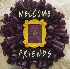 Welcome to my shop. Wreath Crafts, Diy Wreath, Wreath Ideas, Crafts To Do, Arts And Crafts, Friends Merchandise, Friend Crafts, Crafty Craft, Crafting