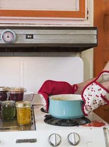 how to clean built up grease on stove top