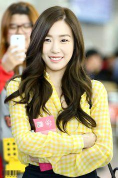 Team ☆ εїз TaeTae εїз (150412 Tiffany @ Incheon Airport。(via Complete...)