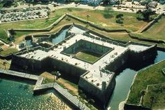 I went here years ago with my mom and dad. This is a place that I want to take my girls. Historic St. Augustine   Castillo de San Marcos Fort