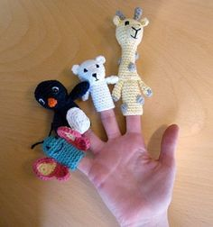 Crochet finger puppets. Love the polar bear