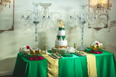 green gold wedding great gatsby theme