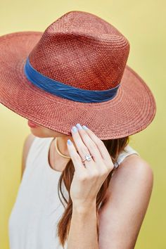 3 Chic Color Combinations to Punch Up Your Summer Outfits | WhoWhatWear.com