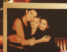 Selena Gomez, Kendall Jenner, and Gigi Hadid Play in Dubai for New Year's Eve