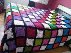 Crochet Bedspread Pattern, Bed Spreads, Afghans, Blankets, Design, Shape Crafts, Crochet Kids Hats, Crochet Tote, Bedroom Ideas