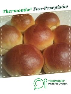 Bułeczki maślane jest to przepis stworzony przez użytkownika przestrzen-mozliwosci. Ten przepis na Thermomix<sup>®</sup> znajdziesz w kategorii Chleby & bułki na www.przepisownia.pl, społeczności Thermomix<sup>®</sup>. Hamburger, Bread, Food, Thermomix, Essen, Hamburgers, Breads, Baking, Buns