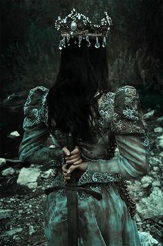 Slavic Pagan gods in beautiful photoshoot Dark Green Aesthetic, Queen Aesthetic, Princess Aesthetic, Crown Aesthetic, Gothic Aesthetic, Book Aesthetic, Dark Princess, Dark Fairytale, Dark Queen