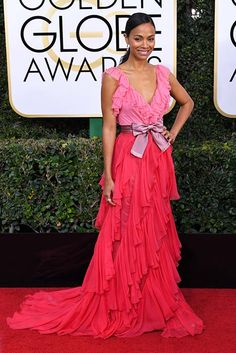 Zoe Saldana followed the pretty in pink trend for the Golden Globes 2017