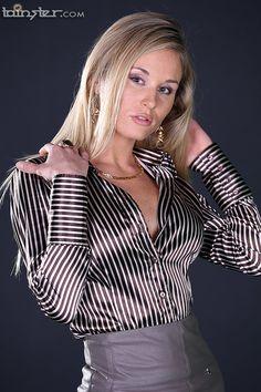 Polished Pugnacious and Steamy! High Collar Blouse, Sexy Blouse, Blouse And Skirt, Blouse Dress, Satin Top, Silk Satin, Satin Bluse, Satin Shirt, Pretty Shirts