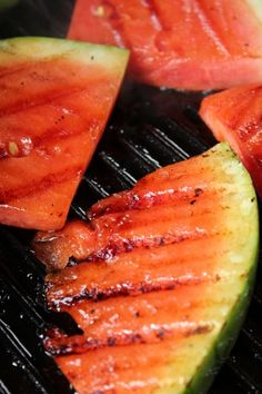 Melon slices in grill