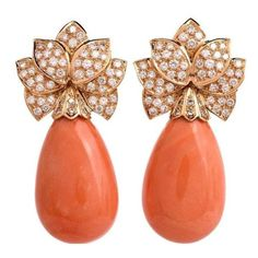 Impressive Natural Coral Diamond Gold Drop Earrings ❤ liked on Polyvore featuring jewelry, earrings, gold drop earrings, 18k earrings, gold earrings, gold charms and coral drop earrings