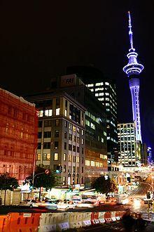 Nueva Zelanda Auckland, la capital económica del país, con la Sky Tower al fondo.