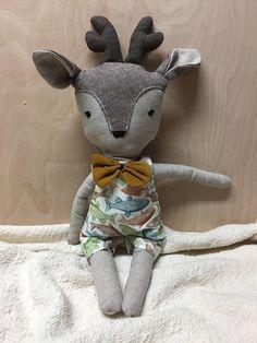 Grande poupée bambi chevreuil cerf faon peluche animal jouet