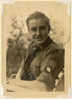Hitler youth // Nazis sure knew how to dress their youth