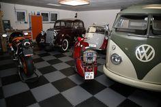 Auch ein Bulli fühlt sich auf dem Industrieboden von FLOORWORK wohl Garage Boden, Vehicles, Sweet, Car, Candy, Automobile, Autos, Vehicle