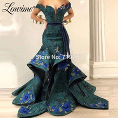 Dark Green Lace Evening Dress Off Shoulder With Applique Mermaid Party Gowns 2019 Couture Saudi Arabic Dubai Dress Abendkleider Cheap Evening Dresses, Mermaid Evening Dresses, Elegant Dresses, Beautiful Dresses, African Prom Dresses, African Fashion Dresses, African Dress, Engagement Dresses, African Print Fashion