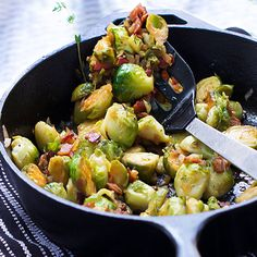 Skillet Brussels Sprouts with Bacon and Sherry - Panning The Globe Party Side Dishes, Healthy Side Dishes, Vegetable Side Dishes, Side Dish Recipes, Healthy Sides, Dinner Recipes, Bacon Recipes, Paleo Recipes, Top Recipes