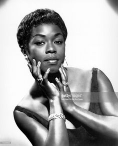 Sarah Vaughan poses for a portrait circa 1957 in Chicago, Illinois.