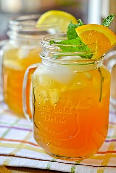 Arnold Palmer ~ Lemonade Iced Tea ~ a thoroughly enjoyable, thirst-quenching, easy drink to make for your Summer backyard parties. Alcoholic and non-alcoholic options included! Refreshing Drinks, Summer Drinks, Fun Drinks, Healthy Drinks, Beverages, Party Drinks, Alcoholic Punch Recipes, Non Alcoholic Drinks, Easy Drinks To Make