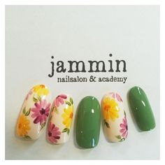 Here are some hot nail art designs that you will definitely love and you can make your own. You'll be in love with your nails on a daily basis. Trendy Nails, Cute Nails, My Nails, Spring Nails, Summer Nails, Nail Art Designs, Floral Nail Art, Japanese Nail Art, Manicure E Pedicure
