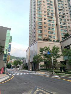 Busan, Multi Story Building