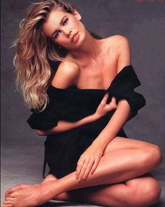 Claudia Schiffer, Brigitte Bardot, Barbara Palvin, Look Dark, Original Supermodels, Guess Girl, Most Beautiful Faces, Christy Turlington, Portraits