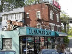 Luna Park Cafe 10 best brunch and breakfast places in West Seattle.