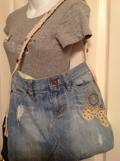 Upcycled Recycled Repurposed Handmade Denim Purse di HookinUp