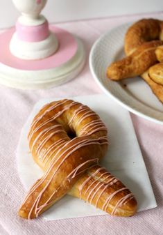 Pink Ribbon Pretzels for Breast Cancer Awareness Month