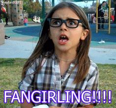 This is only one of the many actions of a fangirl...