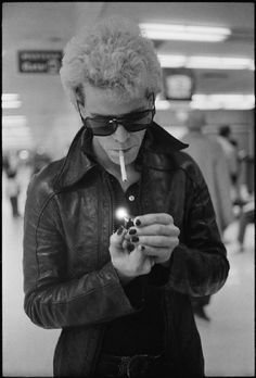 "theimpossiblecool:There's a bit of magic in everything, and some loss to even things out."" Lou Reed."