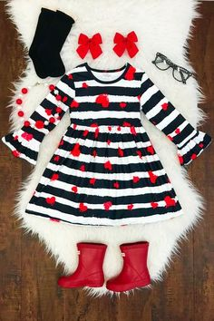 Shop cute kids clothes and accessories at Sparkle In Pink! With our variety of kids dresses, mommy + me clothes, and complete kids outfits, your child is going to love Sparkle In Pink! Little Girl Outfits, Cute Outfits For Kids, Little Girl Fashion, Toddler Outfits, Toddler Girl Style, Toddler Fashion, Kids Fashion, Fashion 2016, Baby Boutique Clothing