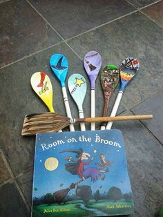Room on the Broom story spoons                                                                                                                                                     More