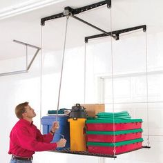 HeavyLift Overhead Storage retractable