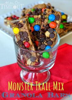 A delicious, no-bake homemade granola bar recipe! Granola bars just got better with Monster Trail Mix! No Bake Granola Bars, Homemade Granola Bars, Yummy Snacks, Snack Recipes, Yummy Food, Healthy Snacks, Easy Recipes, Lunch Snacks, Fun Food