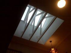 skylight with truss Skylight Shade, Skylight Design, Skylight Window, Exposed Trusses, Roof Trusses, Modern Skylights, Garage Shop Plans, Brick Room, Contemporary Cabin
