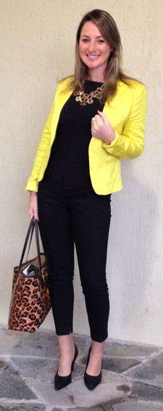 Look de trabalho - look do dia - moda corporativa - look de inverno - winter outfit - fall outfit - work outfit - animal print - blazer amarelo - Yellow