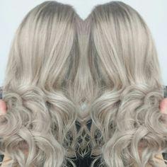 Blond beauty love the hair